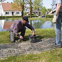 2009-04-25-Teichreinigung-009